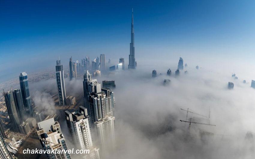 شهر دبی و آسمان خراش های در ابر