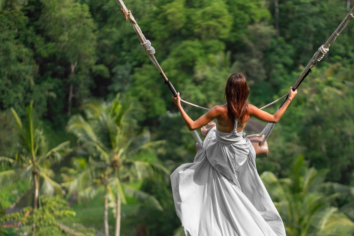 تاب سواری در جنگل های بالی و اوبود اندونزی