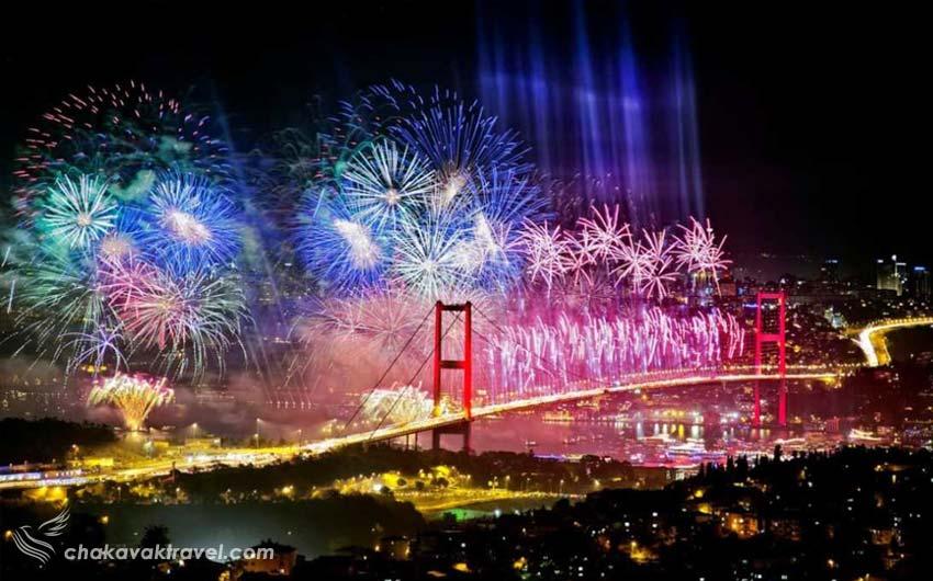 تور استانبول 4 شب و 5 روز ویژه 9 دی ماه شب ژانویه جشن و آتشبازی در تنگه بوسفور روی پل بوسفور