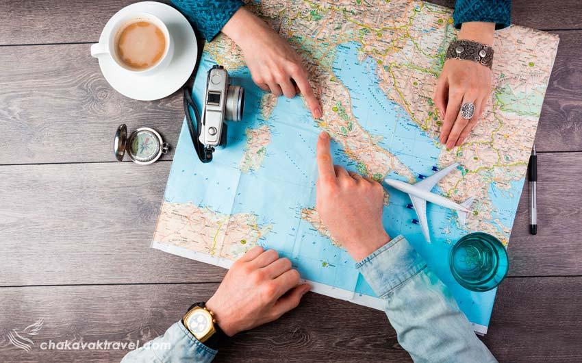 تاثیر سفر بر روابط انسان برنامه ریزی برای سفر و مسافرت روی نقشه