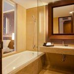 فضای حمام و وان در هتل 4 ستاره سان آیلند کوتا بالی Sun Island Hotel Spa Kuta