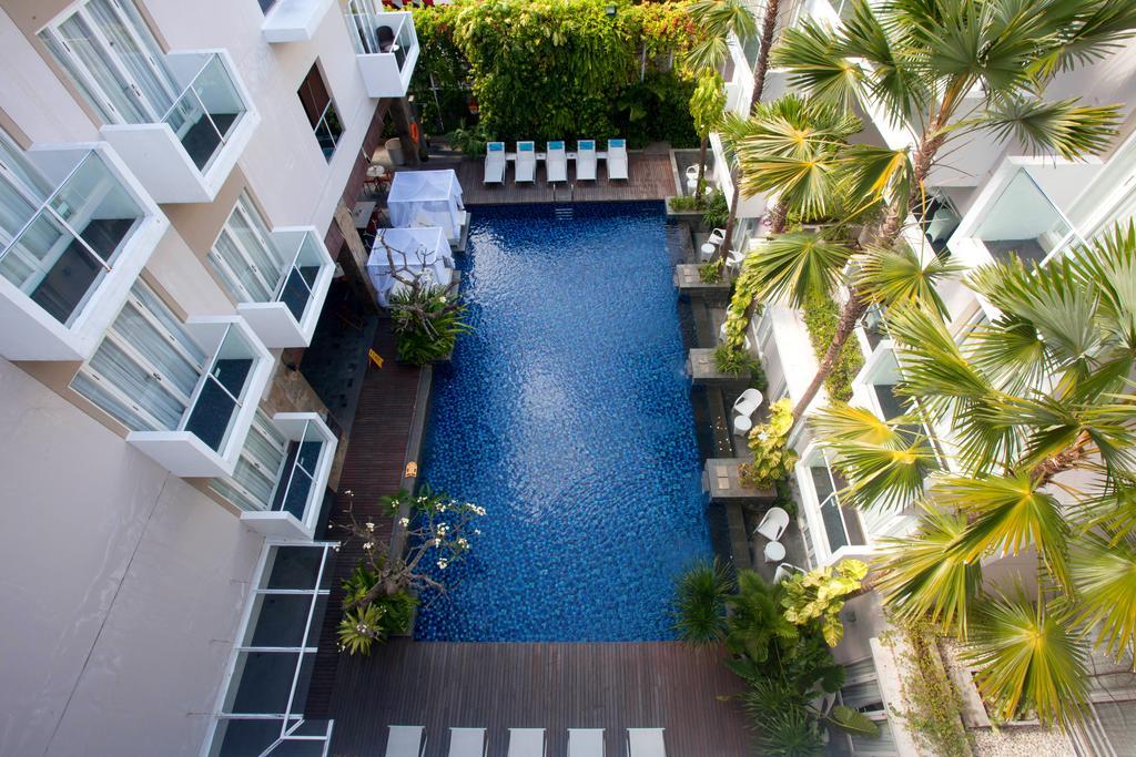 هتل 4 ستاره گرند ایکسورا بالی Grand Ixora Kuta Resort در بالی اندونزی