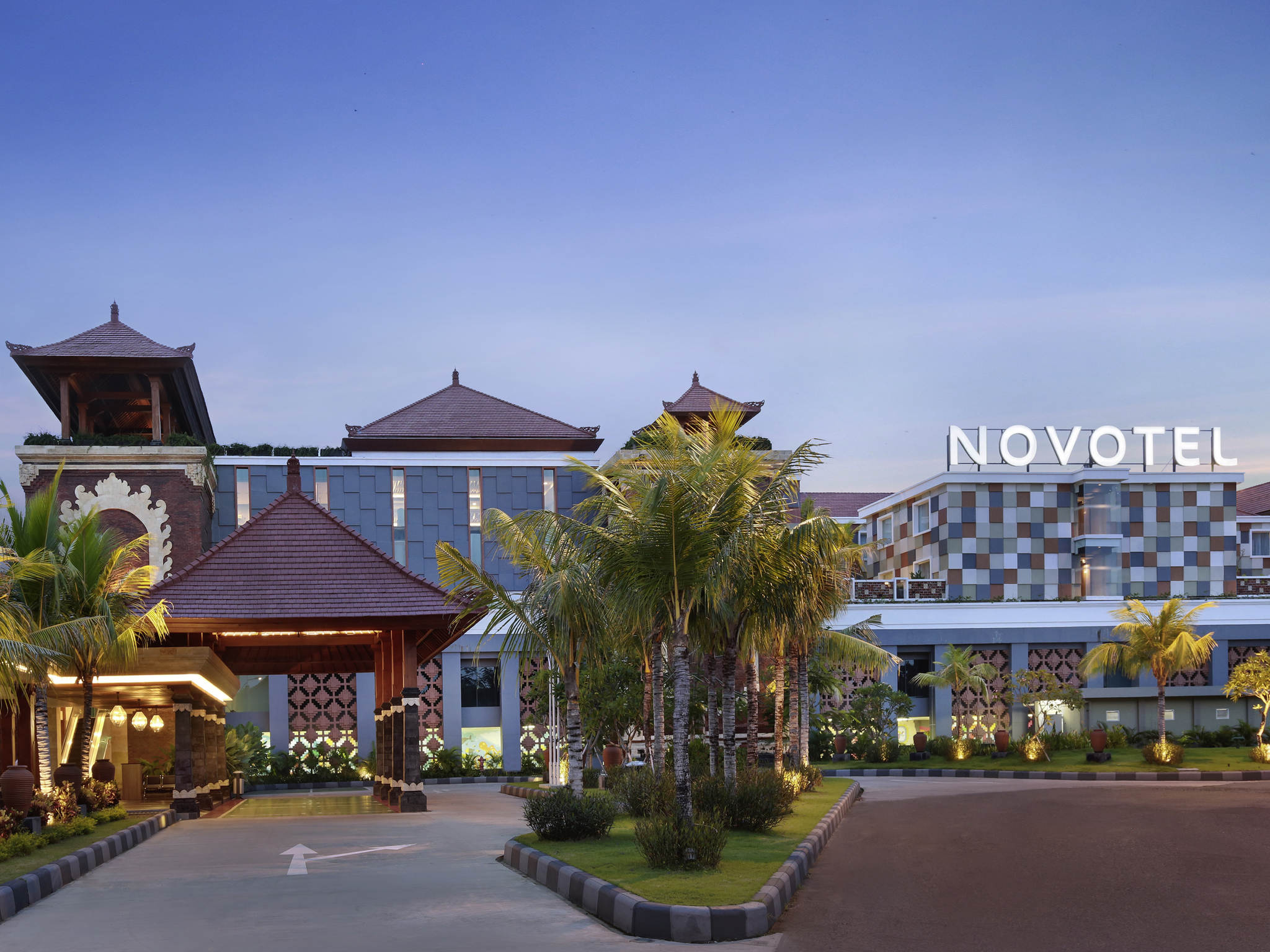 هتل نووتل 4 ستاره فرودگاه نگورا رای بالی Novotel Bali Ngurah Rai Airport