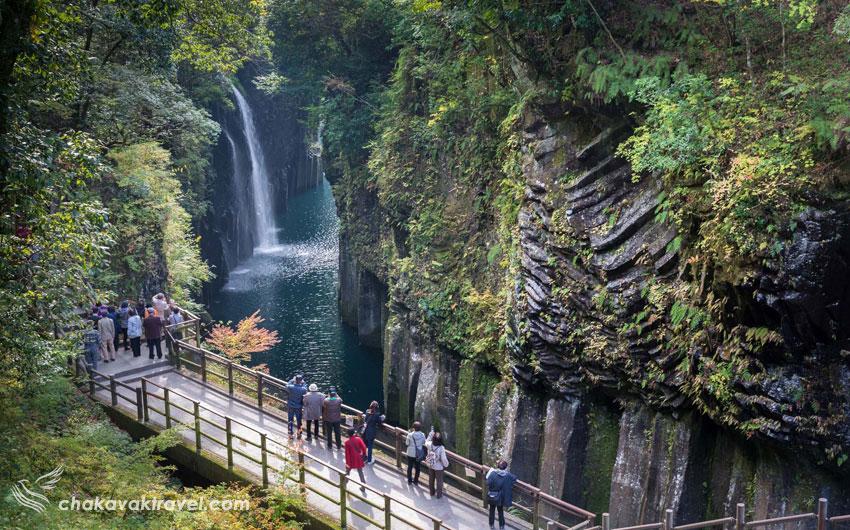 اقلیم منطقه بگونه ای است که صخره های با شیب زیاد که در تنگه ی تاکاچیهو در استان میازاکی وجود دارند در مسیری هفت کیلومتر امتداد پیدا کرده اند.