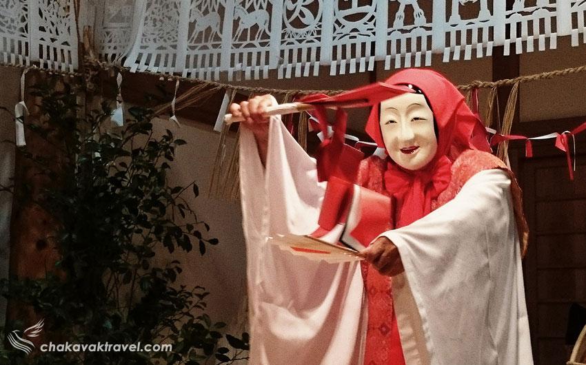 بازدید از تنگه ی تاکاشیهو، معبد آمانوایواتو و رقص ژاپنی کاگورا