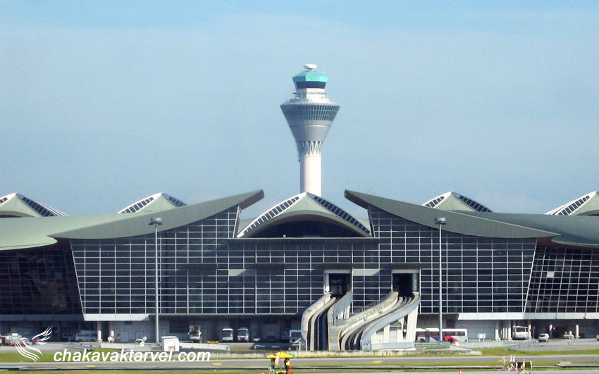 برج مراقبت و باندهایفرودگاه بین المللی کوالالامپور KLIA