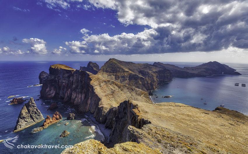 شهرت جزایر Madeira Islands در دنبا به شراب، گل، گلدوزی و جشنهای سال نو میلادی است که از جاذبههای گردشگری این جزیره کوچک به حساب میآید.  کارناوال Madeira که یکی از جشنهای جذاب در شهر فونتال برگزار می شود یکی از بهترین کارناوالها در اروپا شناخته می شود.